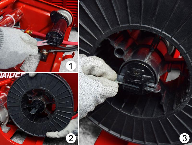 Jual-Mesin-Las-Listrik-Industri-Industrial-Welding-Machine-Daiden-MIG-350-Cara-Memasukkan-dan-memasang-Roda-Rumah-kawat-las