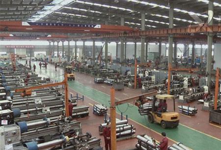 Dongkrak-Mobil-pada-Bidang-Industri-Pabrik
