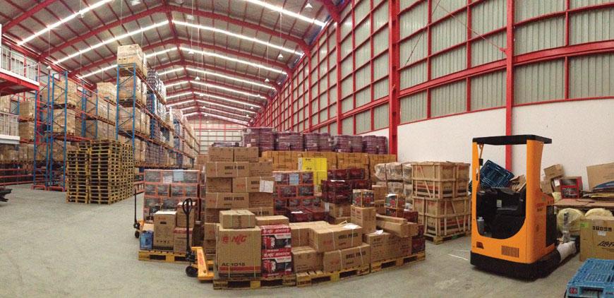 Warehouse-Dalam